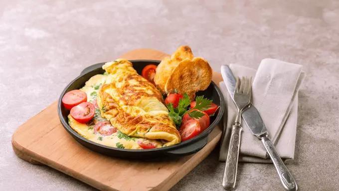 Resep Menu Sahur Omelet Keju